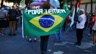 """""""Out Temer."""""""