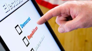 Illinois voting machine changes Republican votes to Democratic ones