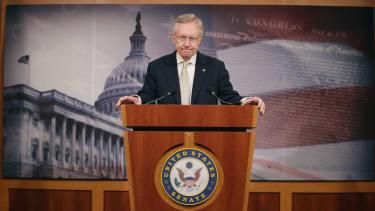 Polls show GOP gaining steam in race to regain Senate