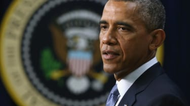 Obama announces new U.S. sanctions on Russia