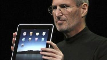 Steve Jobs introduces Apple's iPad