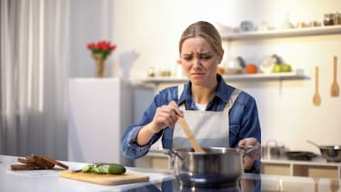 Gross cooking.