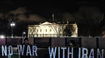 Anti-war protesters outside the White House