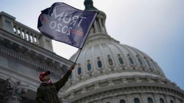 Trump mob at the Capitol.