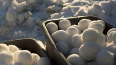 The world's biggest snowball fight
