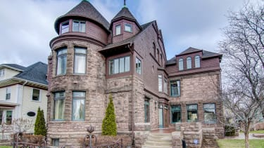 A beautiful home for sale in Minnesota.