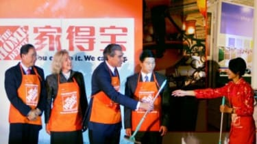 A 2006 event in Beijing announces Home Depot's expansion to China
