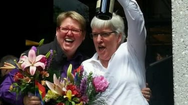 It took only minutes for Oregon's 23 first married gay couples to start getting hitched