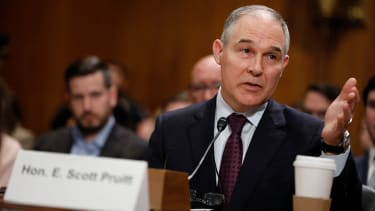 EPA has been told to freeze all contracts and grants as Senate considers Scott Pruitt for EPA chief