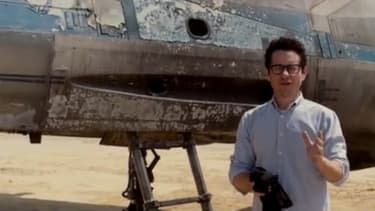 J.J. Abrams personally introduces Star Wars: Episode VII's X-Wing