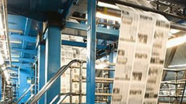 Newspapers are struggling to create a successful profit model on the Internet.