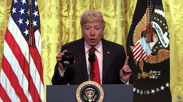 Jimmy Fallon re-enacts a Trump presser