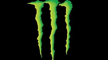 Doctors are calling on the government to regulate caffeine levels in energy drinks.