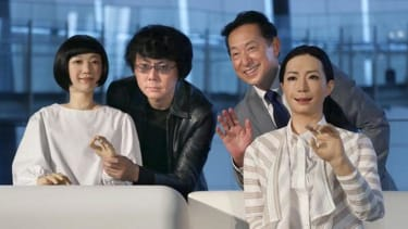 Japan's newest museum guides are robots
