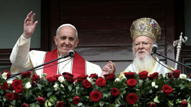 Pope Francis calls for 'appropriate response' to ISIS