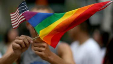 Judge strikes down Arizona's ban on gay marriage