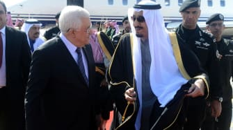 King Salman with Palestinian President Mahmoud Abbas.