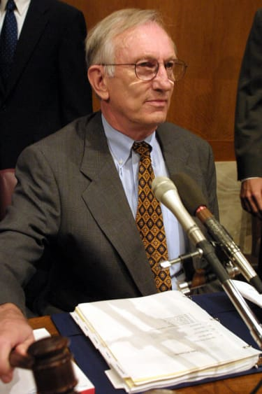 Former Sen. Jim Jeffords, who switched control of the Senate in 2001, dies at age 80