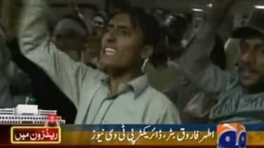 Demonstrators take over Pakistan's state TV headquarters