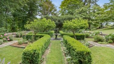 Homes for gardeners.