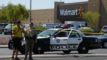 2 police officers, 3 others killed during shooting spree in Las Vegas
