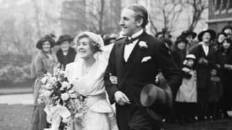Victorian couple on wedding day