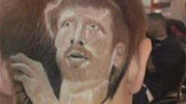 A middle school student from Texas was recently placed on in-school suspension for shaving the image of his favorite NBA player, Matt Bonner, on his hair.