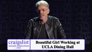 Billy Bob Thornton and Arsenio Hall chillingly perform Craigslist missed connections