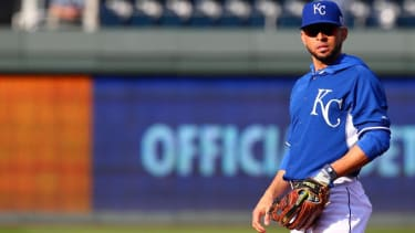 Royals beat Giants in Game 2, evening out World Series