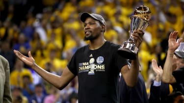 Kevin Durant of the Golden State Warriors wins NBA titiel