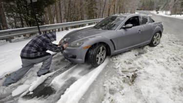 car snowstorm
