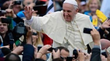 Pope Francis: Popemobile is a glass 'sardine can'