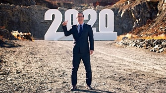 John Oliver blows up 2020