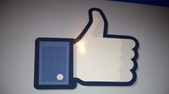 Facebook is adding a donation button to fight Ebola