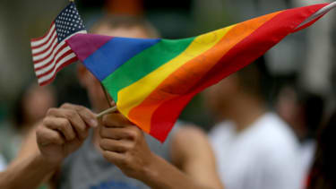 Federal appeals court strikes down Oklahoma's gay-marriage ban