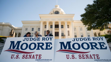 Signs supporing Roy Moore in Alabama