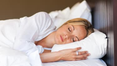 Study finds that cancer drugs might work better during sleep