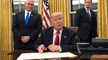 President Trump signs executive order targeting ObamaCare
