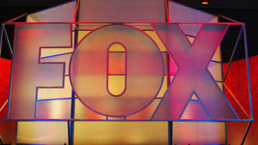 Fox News attempts to organize Sanders-Trump debate.