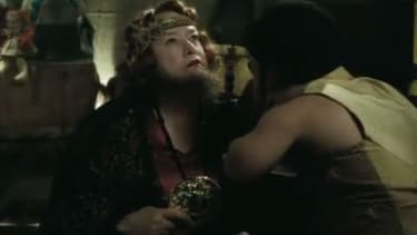See Kathy Bates with a beard in the first American Horror Story: Freak Show trailer