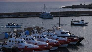 Italian coast guard ships