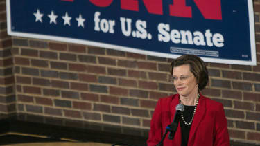 Democrat Michelle Nunn fading fast in Georgia Senate race