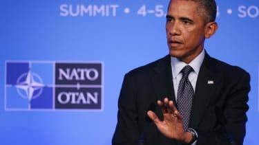 President Obama abandons pledge, delays executive action on immigration