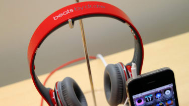 Apple close to buying Beats Electronics for $3.2 billion