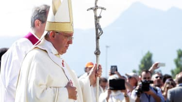 Pope Francis makes first public appearance since health scare