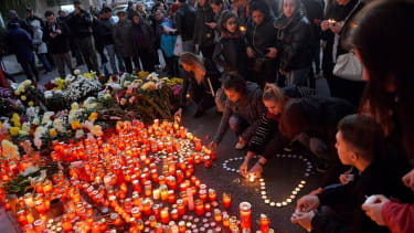 Mourners commemorate Bucharest nightclub fire victims