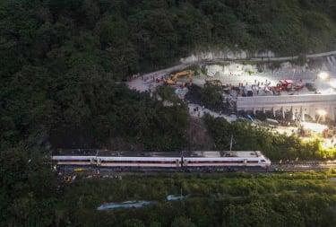 Taiwan train crash.