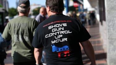 Anti-gun control guy