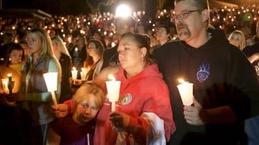 Oregon shooting vigil