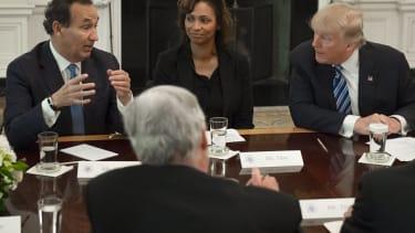Oscar Munoz, left, with Donald Trump.
